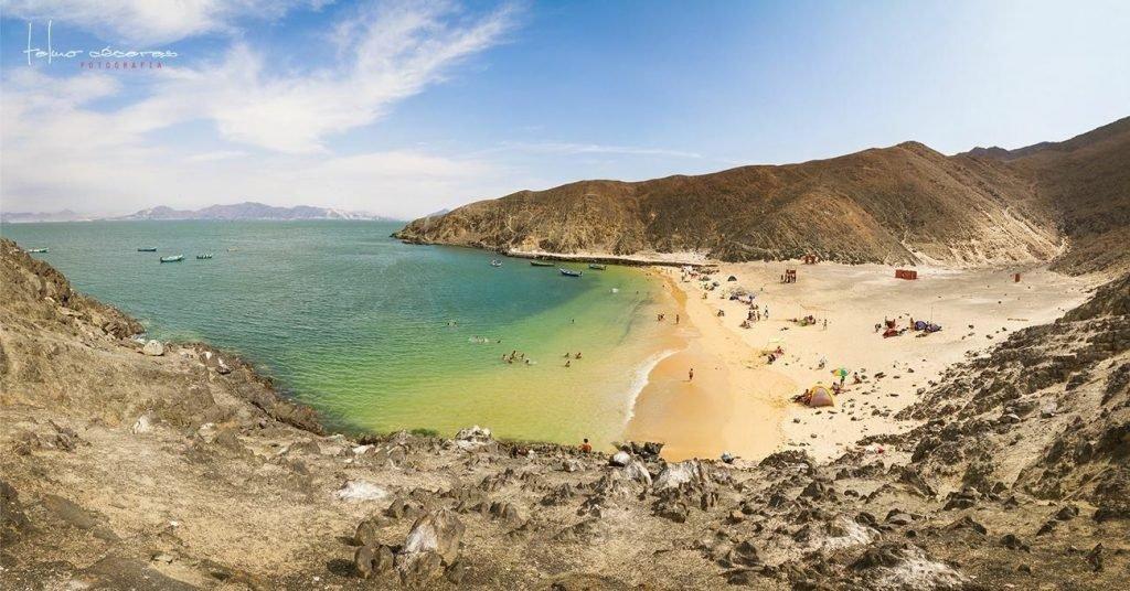 Playa Caleta Colorada